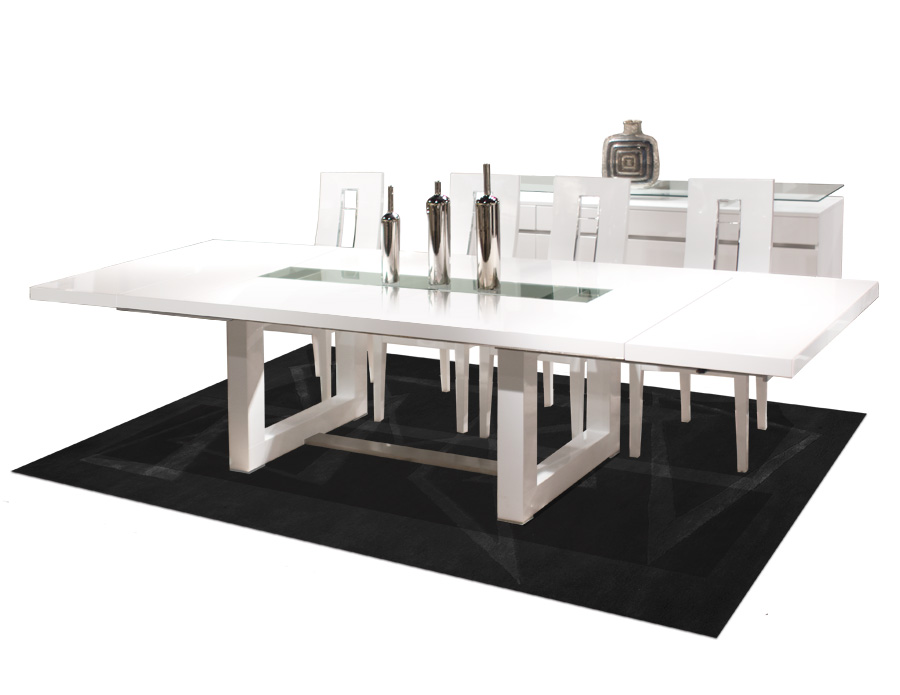 Novo White Lacquer Dining Table